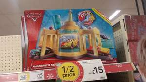 Disney/ Pixar Cars Ramone's Colour Change Playset £14.99 @ Wilkinsons