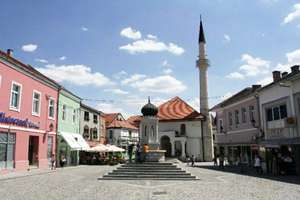 Return flight to Tuzla, Bosnia £25.98 from luton with WizzAir