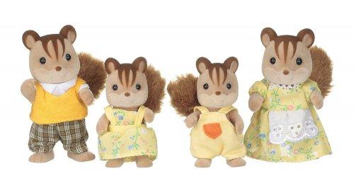 Sylvanian Families Walnut Squirrel Family - £13.60 (Prime or + £3.99 del non Prime) @ Amazon