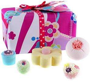 Bomb Cosmetics Flower to the People Gift Pack £9.00 Prime / £13.75 Non Prime @ amazon