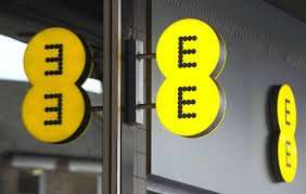 PAY MONTHLY PHONE SIM ONLY PLANS 500 MINUTES TEXT 15GB DATA £20 @ EE - Term £240