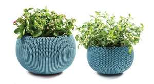 Keter Knit Cozies Indoor/Outdoor Garden Plant Pot Planters, Small/Medium - Ocean Blue, 2 Pieces for £7.72 (Prime) £12.47 (Non Prime) @ Amazon