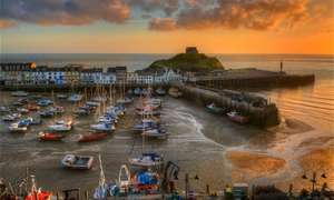 3 Nights for Two with Breakfast, Wine and Dinner at The Royal Britania (Devon - ilfracombe) £64.50pp @ Groupon