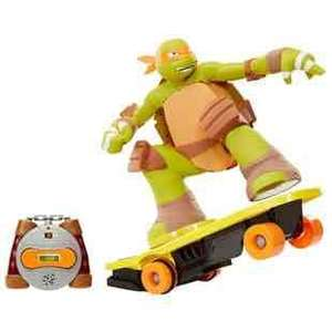 Teenage Mutant Ninja Turtle R/C Skateboarding Mikey £29.99 @ Smyths