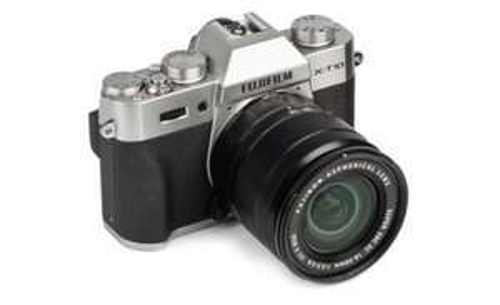 Fujifilm X‑T10 + XC 16‑50mm f3.5‑5.6 OIS ii Lens (£339 with cashback) @ Camera World