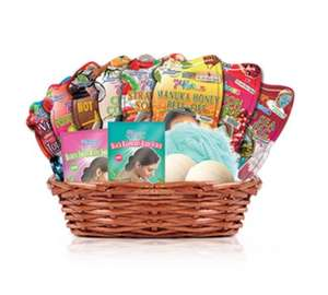 Montagne Jeunesse Basket Full of Goodies inc 10 Sachets 2 Bath Bombs & Pom Pom in Gift Basket £7.49 @ Argos