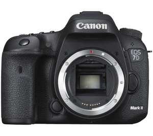 Save 80% on great accessories Bundle when you buy Canon 7D Mark II for £1,299.00 @ Currys