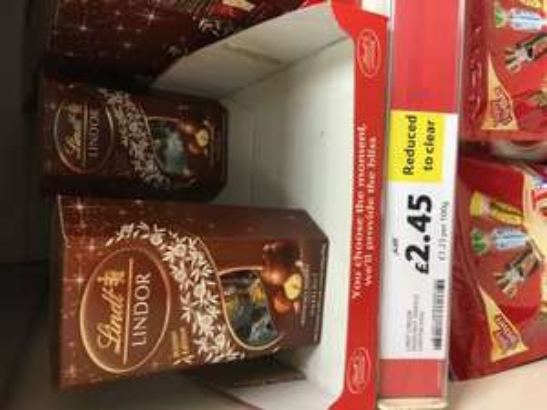 Lindt Lindor Hazelnut Truffles 200g - Reduced to clear - £2.45 in Tesco Askham Bar