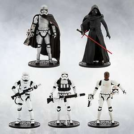 Star Wars: The Force Awakens Elite Series Deluxe Gift Set £49.99 @ Disney store