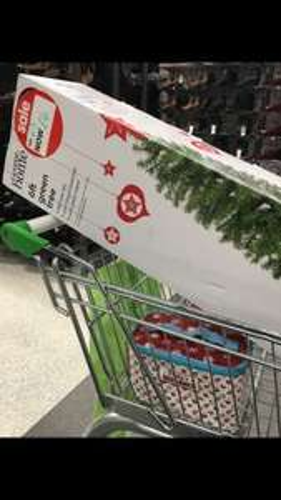 6ft green or black Christmas tree £4 instore @ Asda Hull