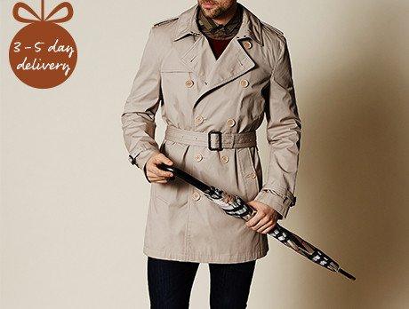 Burberry Trench Coat (Kensington-Mid) £525 @ Secret sales