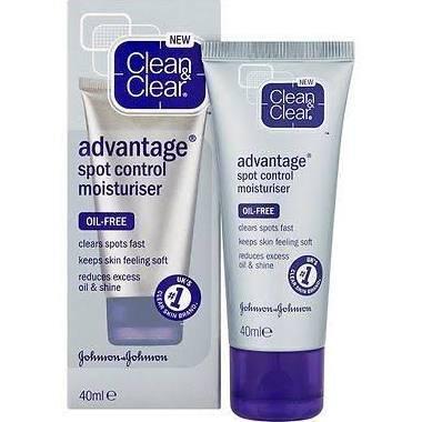 £1 Clean & Clear advantage spot control moisturiser - Poundland