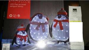 B&Q LED Pop up penguin family Reduced to £25 from £70