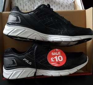 Fila trainers £10 JD sports