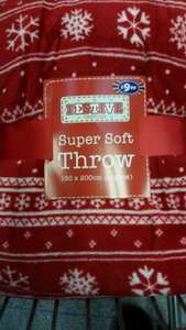 B&M Festive Super Soft Throw £1