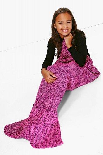 Girls mermaid blanket £6 @ Boohoo