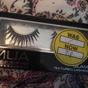 false eyelashes 8p @ Superdrug - Dorset