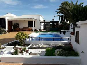 Private Lanzarote Villa with pool for 4 £1416.92 incl. flights from Glasgow! Near school summer holidays! @ Booking.com