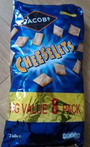 8 Pack of Cheeselets - £1 instore @ Farmfoods