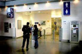 Manchester Piccadilly station satellite lounge toilets currently free (near platform 13&14, up travelator)
