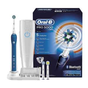 Oral B Pro 5000 - only £44.99 (74% off!) and free delivery! @ Amazon