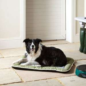 Large Dog Pet Bed Hardwearing £8.99 @ Bunty