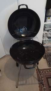 Large Round Kettle BBQ Barbeque 56w cm £15 Morrisons​ in store wood green