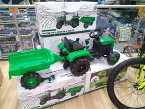 Halfords online & instore tractor pedal operated with Trailer £50
