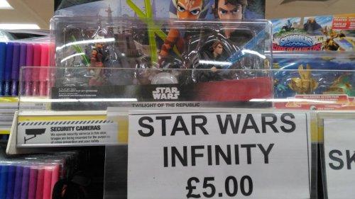 Poundland - Disney Infinity 3.0-Star Wars Twilight of the Republic Set£5