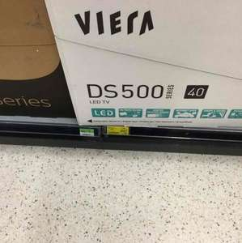 Panasonic DS500b  40 inch tv £227 @ Asda instore