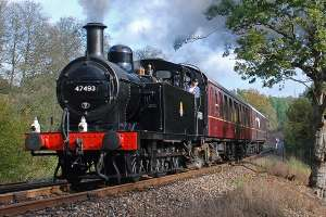 Vintage Steam Train Trip and Traditional Sunday Lunch with Wine for Four approx £44.50pp w/code based on 4 people @ Virgin Experience Days