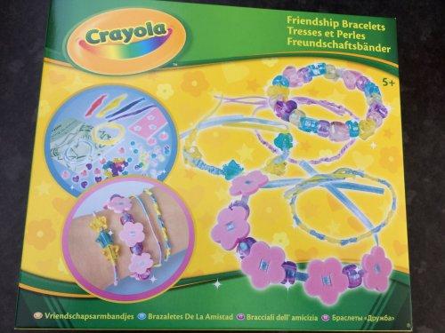 crayola friendship bracelet set only 99p @ Home Bargains