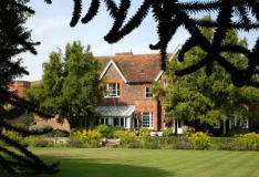 2 Nights Hotel Break for Two people with Breakfast at The Cosener's House - Oxfordshire just £35.55pp! w/code @ Groupon