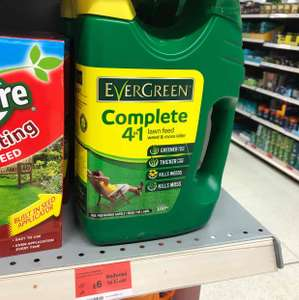 EverGreen Complete 4-in-1 Lawn Care Spreader, 3.5 kg £6 @ sainsbury's -  Union Street Oldham
