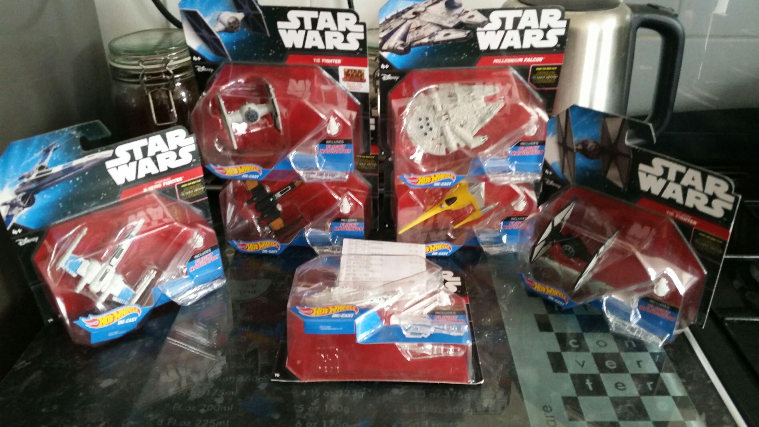 Star Wars - Hot wheels £1 (PoundWorld)