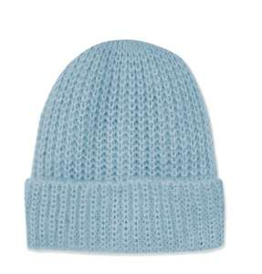 Beanie Hat down from £12 to £1 with free C+C at Topshop