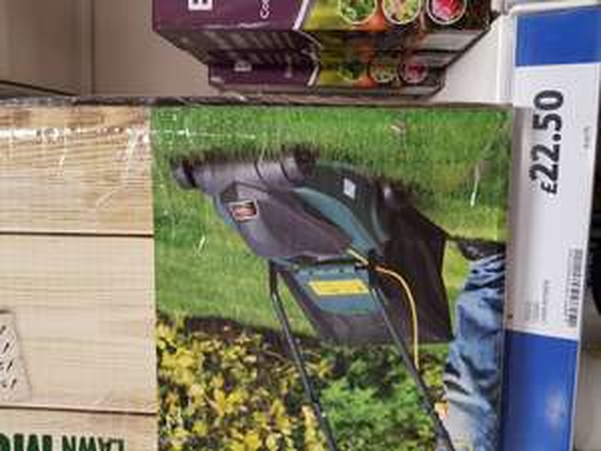 Tesco 1000w lawnmower, Tesco Longton - £22.50 @ Tesco (Longton)