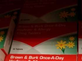 BROWN & BURK ONCE-A-DAY HAYFEVER & ALLERGY 10MG TABLETS 30 ( LORATADINE) 89p pack In Home Bargains ,Belle Vale.