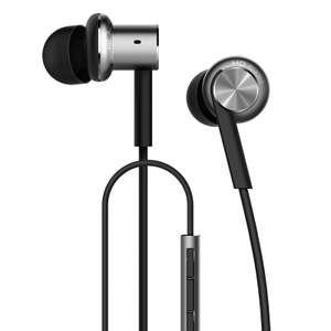 Xiaomi Mi IV Hybrid In-Ear Earphone Mi Piston with MIC Xiaomi Earphone  - £10.78 @ Lightinthebox