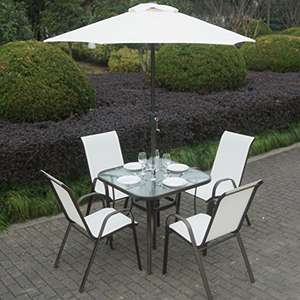 4 seater garden furniture with table. £89.97 @ Amazon (sold / dispatched by Appliances Direct - UK)