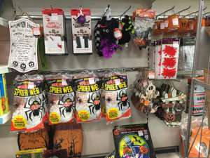 Lots of halloween stuff reduced to clear @ b&m 10p!