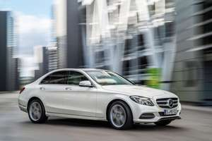 Brand New 67 reg Mercedes C200 SE Saloon, save £10,355 off RRP of £29,010 (36% off!) at Drive the Deal - £18,665