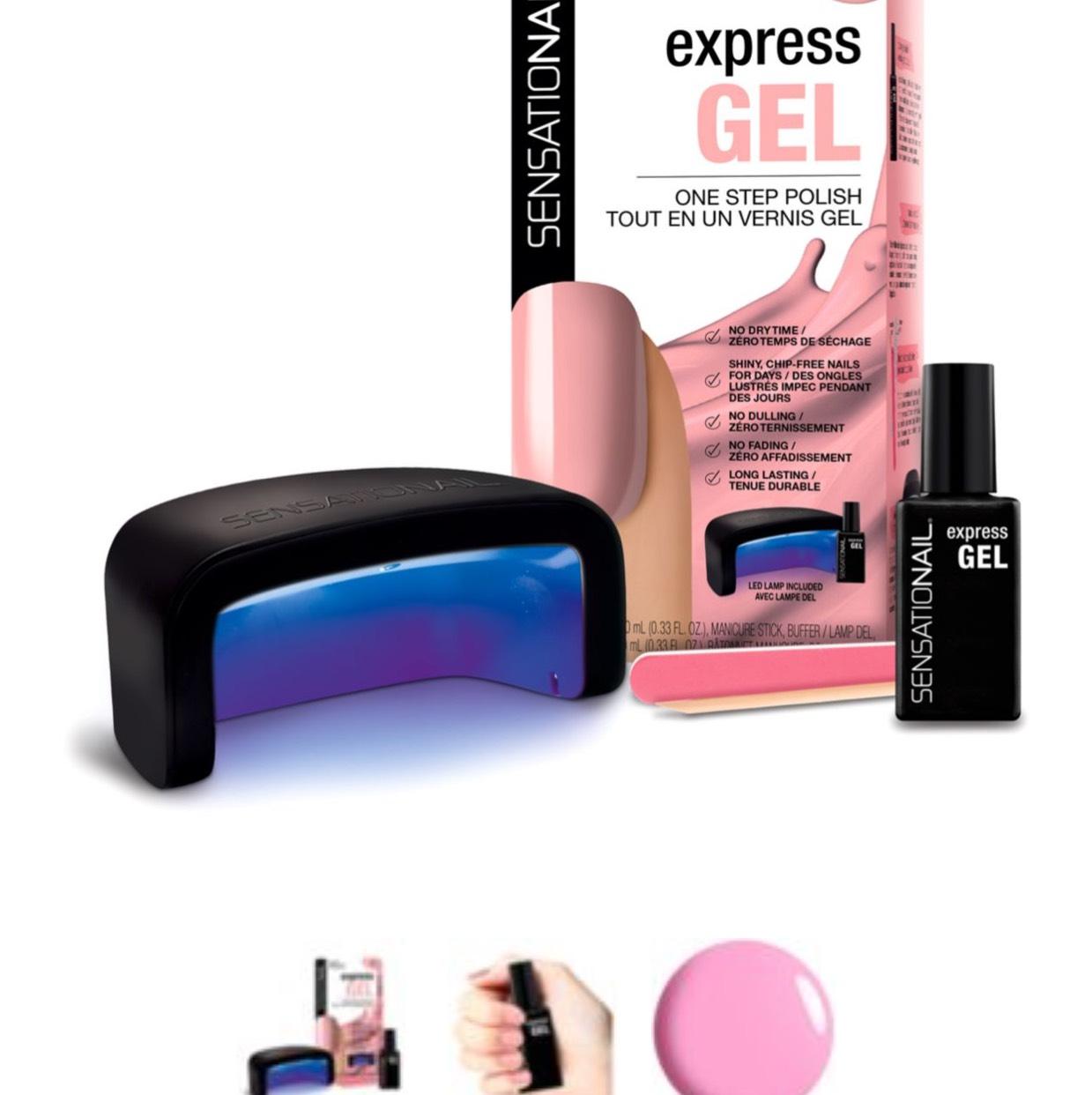 SensatioNail Express Starter Kit - Made Him Blush (Nail kit with uv lamp gel nails) was £34.99 now £24.99 @ Boots