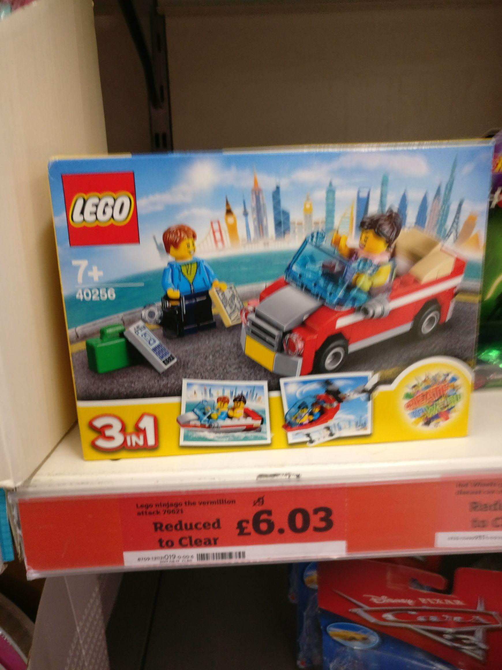 Lego 40256 - 3 in 1 £5.33 @ Sainsburys Hitchin