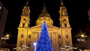 59pp - Budapest Xmas Market - Flights & 4* Hotel with Sauna and Hot Tub - Gogroopie