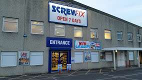 farnborough's screwfix live event - free entry - free gifts - 10% off everything