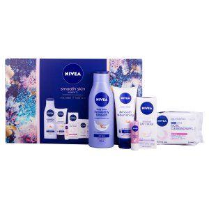 Ladies Nivea smooth skin gift set £4.99 at Fultons (Hull)