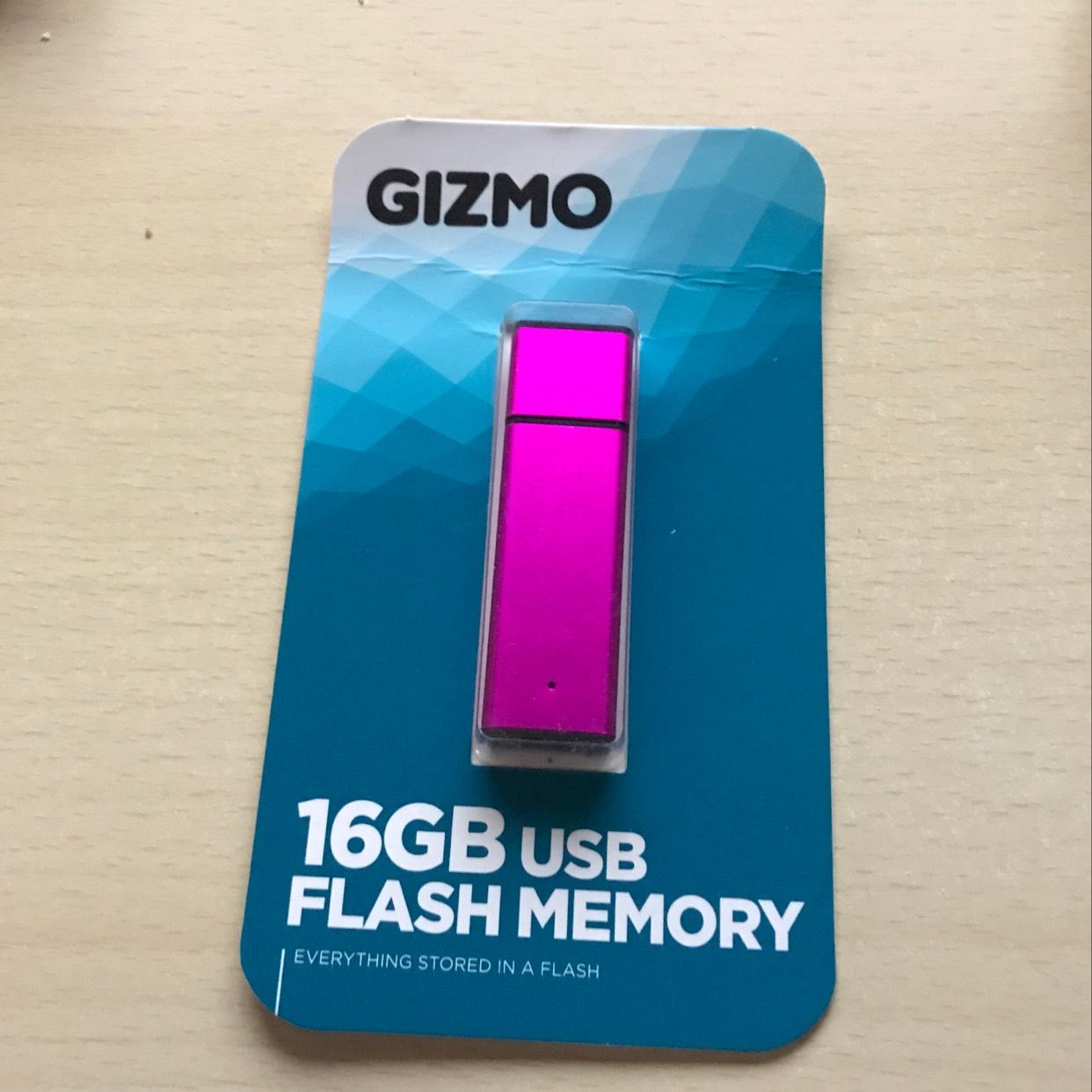 16gb Gizmo USB Flash Stick £5 @ Wilko