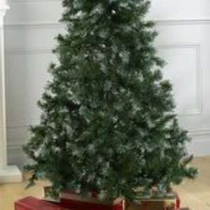 Green Deluxe Unlit Tree 3ft £8.49 / £13.48 delivered @ Studio