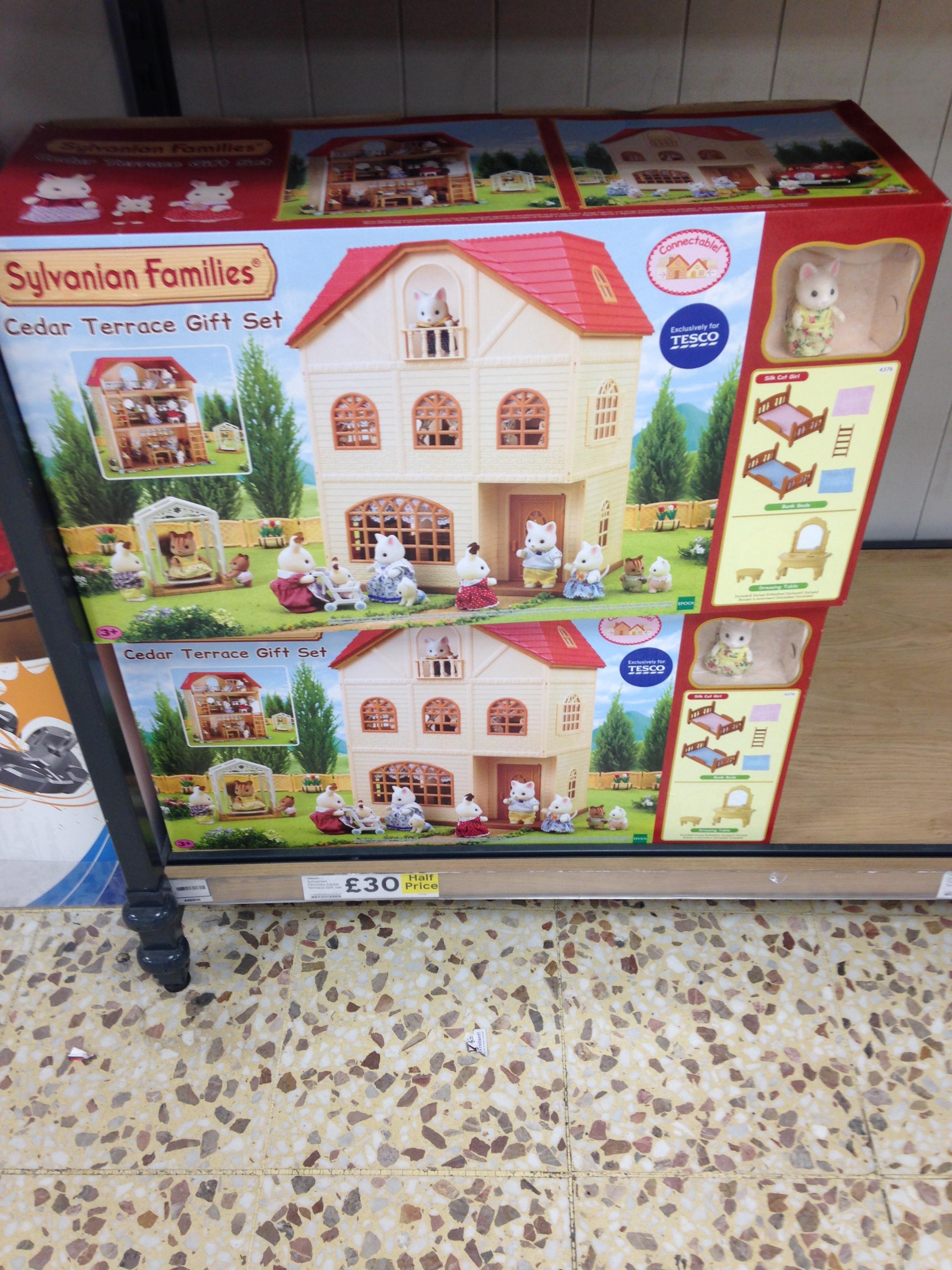 Sylvanian families cedar terrace gift set £30 instore Tesco extra